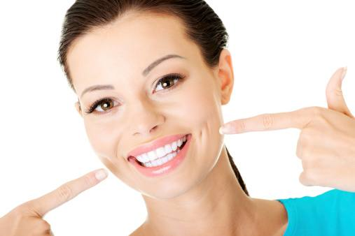 Professional Teeth Whitening Versus Whitening At Home